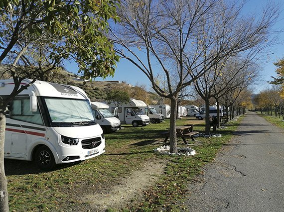 Zona caravanas Doña Mencia